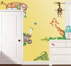 COOL KIDS ROOMS Large Repositionable Cartoon Jungle Animals Wall Decals