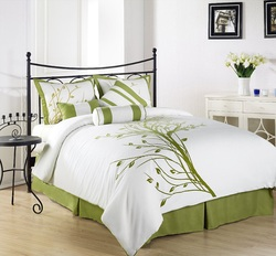 COOL KIDS ROOMS Green Tree on White Comforter Set Bed-in-a-Bag 7 Pcs Full