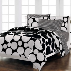 COOL KIDS ROOMS Spot the Dot Mini Bed in a Bag Set Black and White Polka Dot