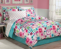 COOL KIDS ROOMS Retro Peace Signs Turquoise Pink Girls Comforter Set with Bedskirt