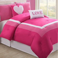 COOL KIDS ROOMS Hotel Juvi Comforter Set Color: Pink Love, Size: Full